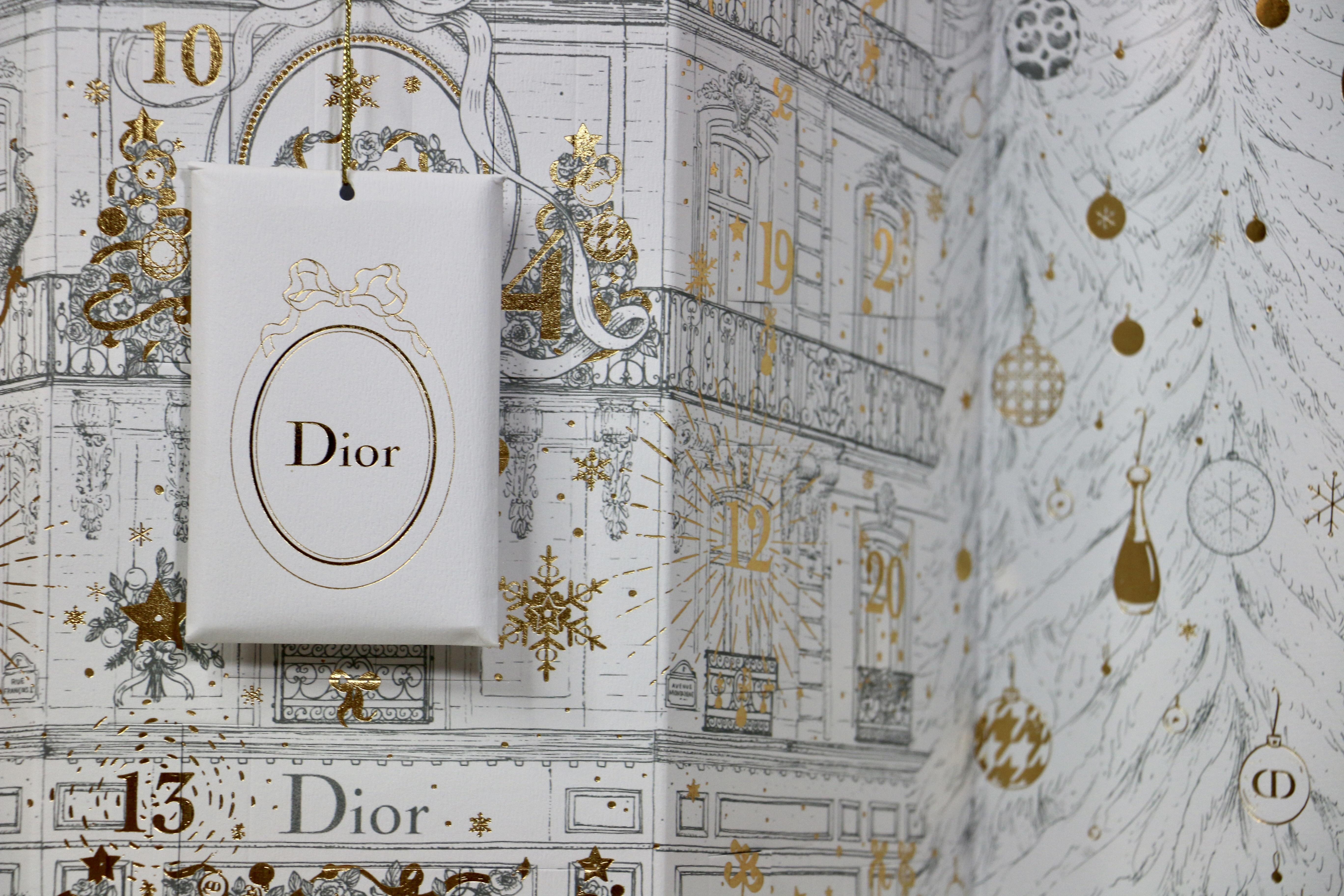 Calendrier De Lavant Dior.L Incroyable Calendrier De L Avent De La Maison Dior Barry