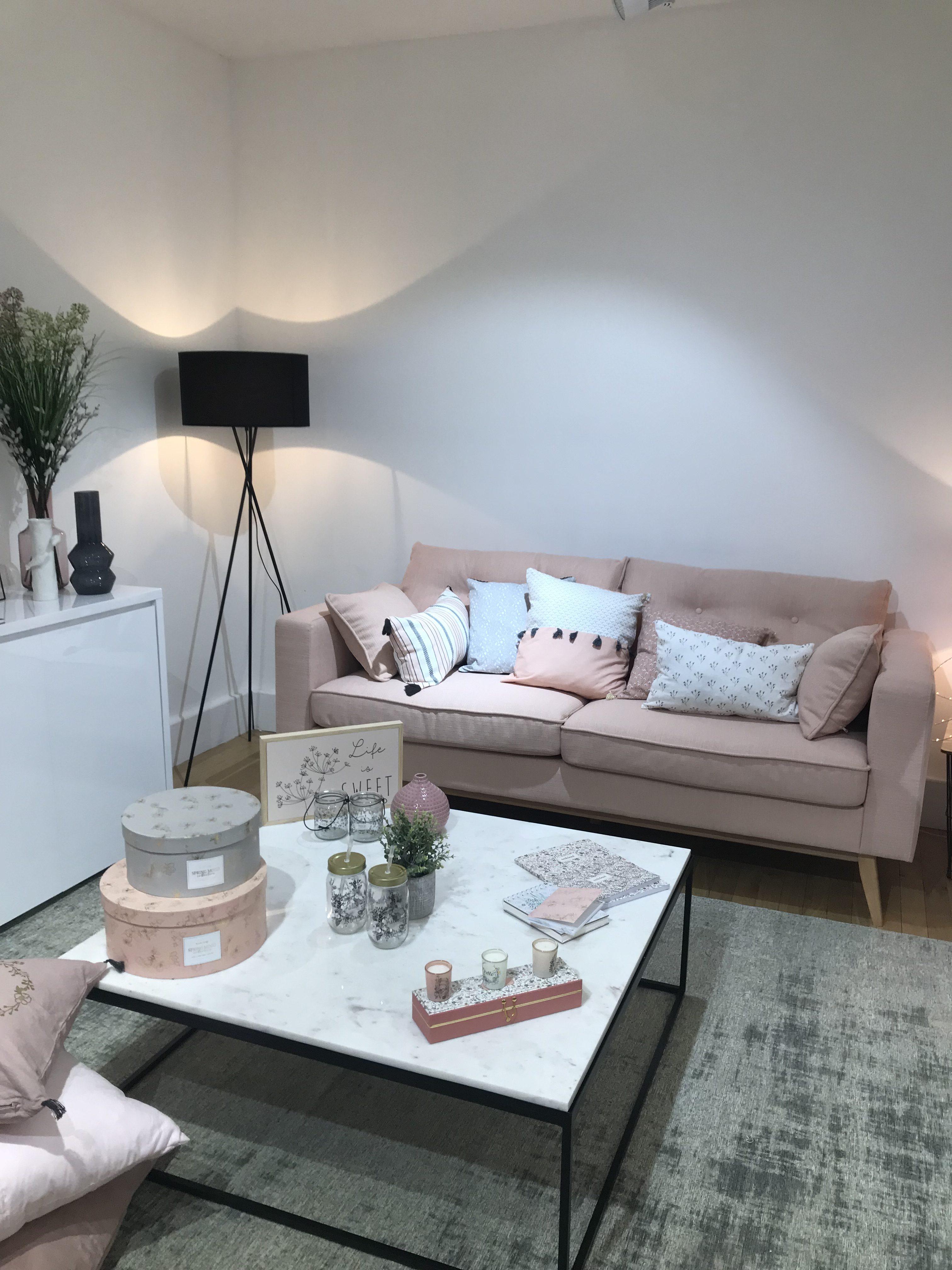 best maison du monde chambre romantique images. Black Bedroom Furniture Sets. Home Design Ideas